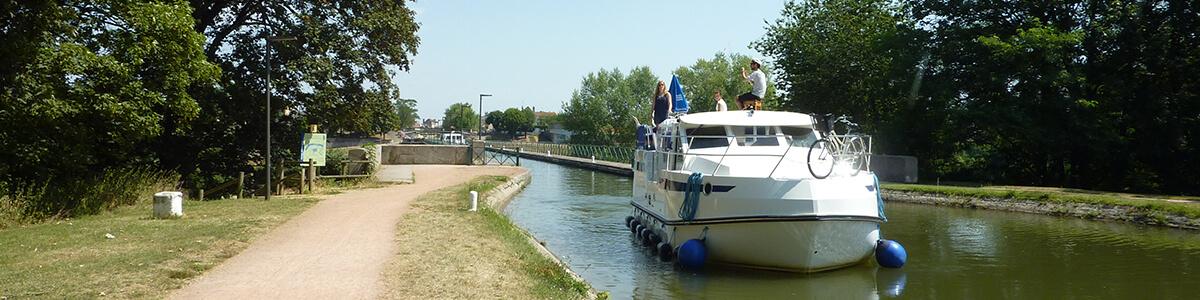 Vacances fluviales en France
