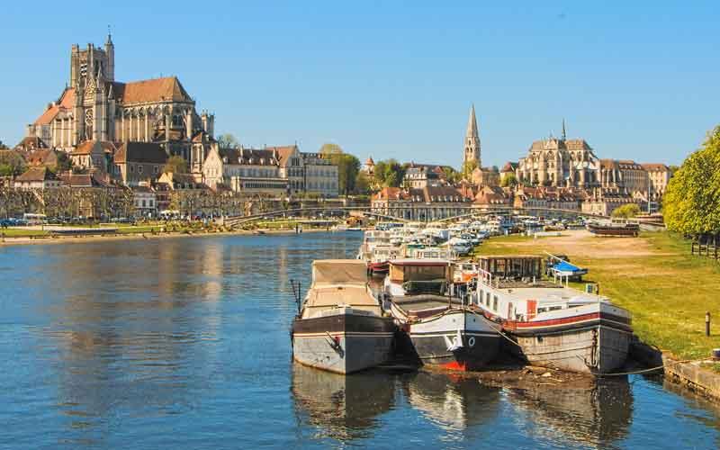 Location de bateau Auxerre