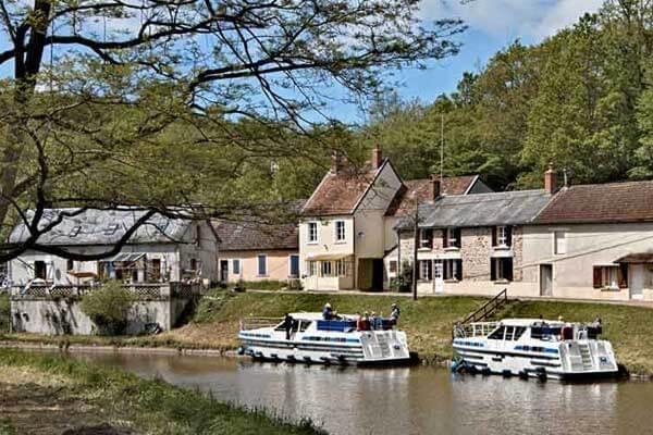Vacances fluviales Bourgogne